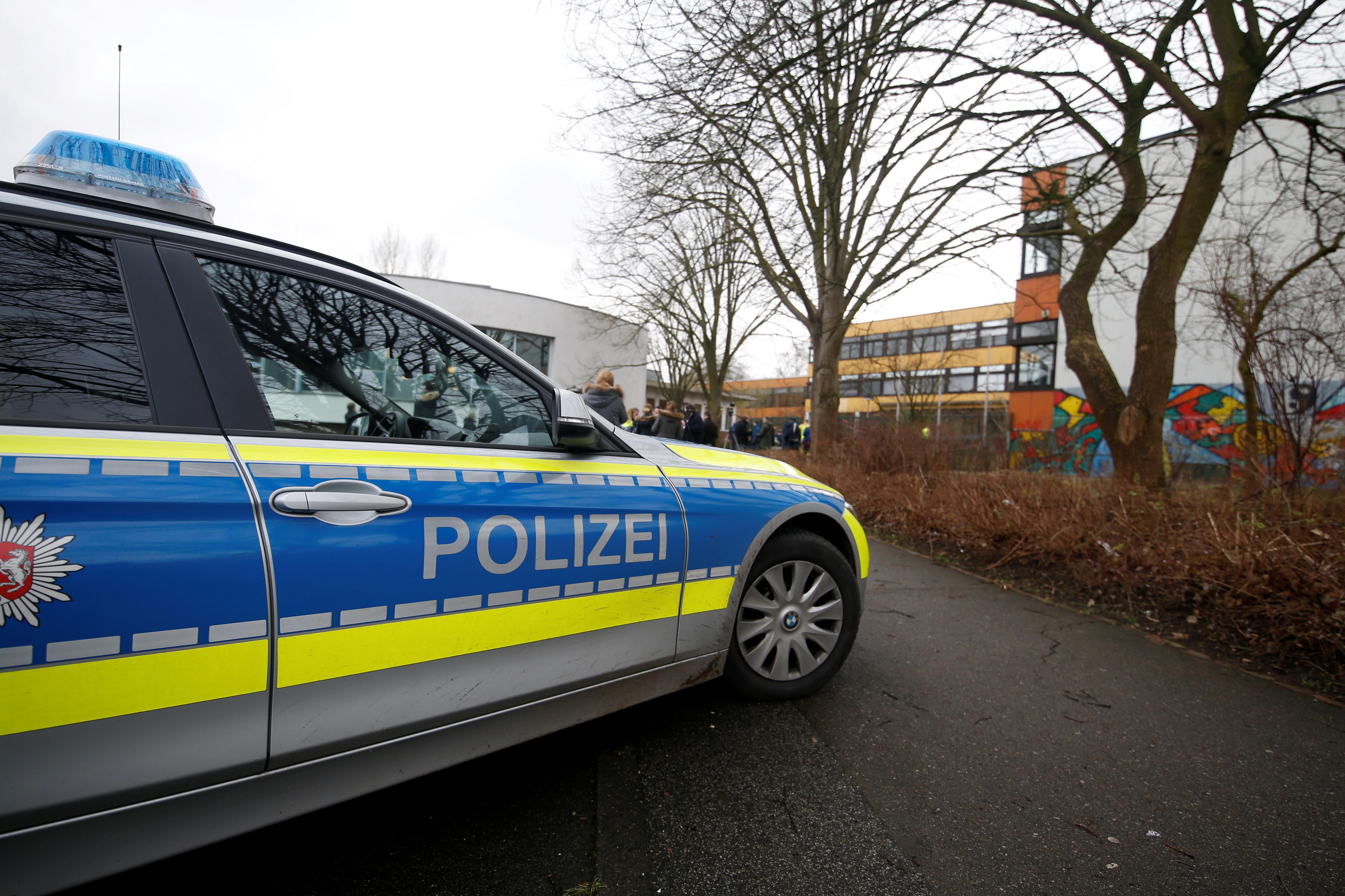 Polizei nach Vergewaltigung auf Friedhof in der Kritik