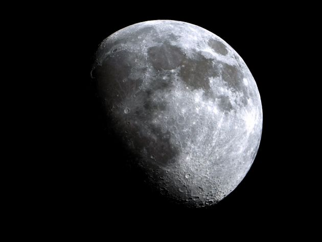 Η Σελήνη θα αποκτήσει δίκτυο κiνητής τηλεφωνίας