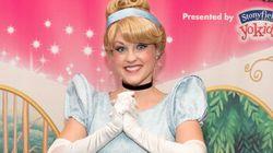 Viele junge Frauen wollen jetzt aussehen wie Cinderella – und bringen sich selbst in