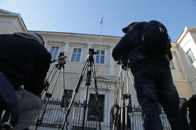 Αναβάλλεται για τις 4 Μαΐου η συζήτηση στην Ολομέλεια του ΣτΕ για τις τηλεοπτικές