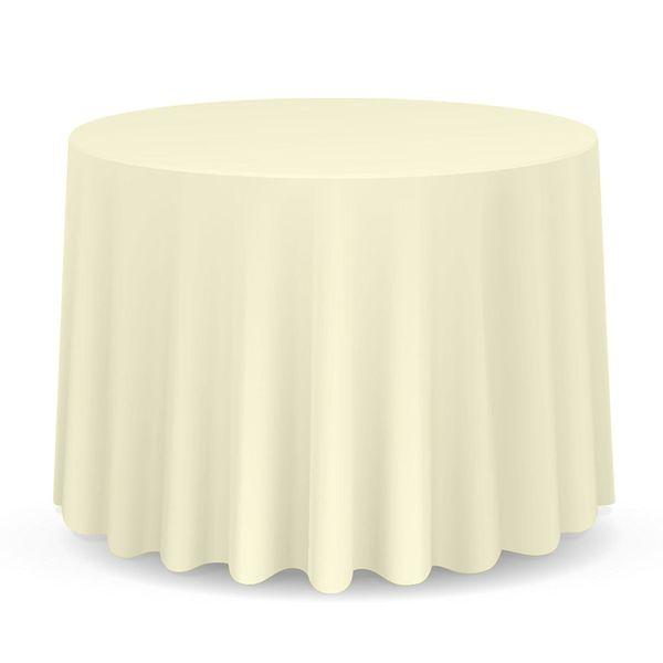 "Get them <a href=""https://www.amazon.com/Lanns-Linens-Tablecloths-Restaurant-Polyester/dp/B00ZGQCVP0/?tag=thehuffingtop-20"" t"