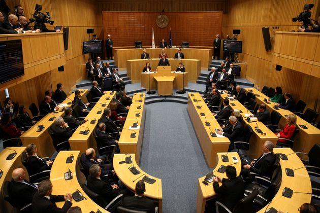 Ανέλαβαν καθήκοντα οι υπουργοί της νέας κυβέρνησης στην