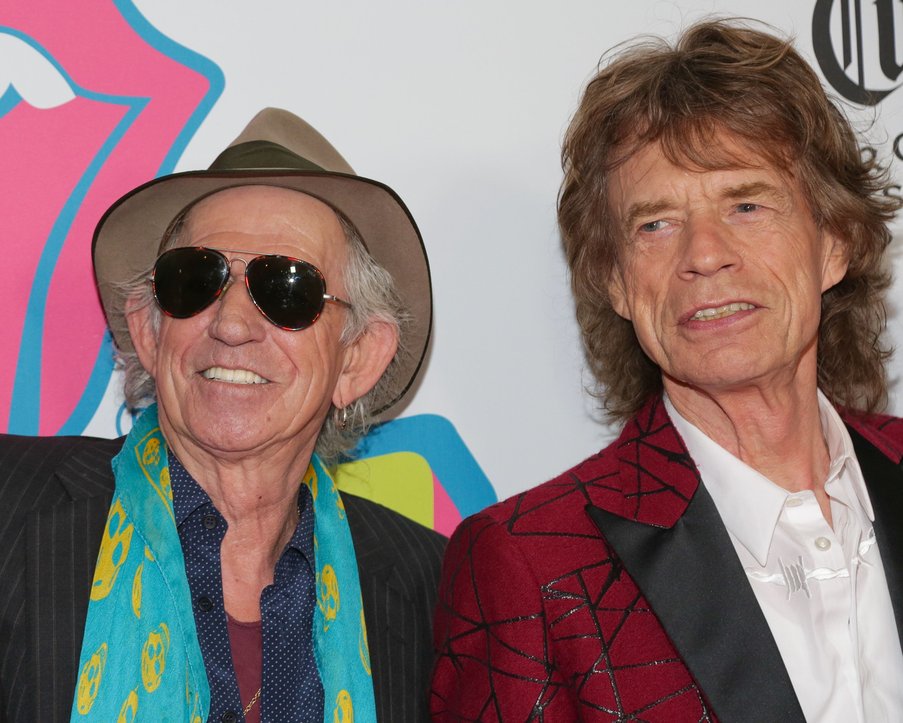Richards apologizes for telling Jagger, 'time for the snip'