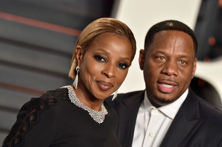Singer-songwriter Mary J. Blige and Kendu Isaacs at the 2016 Vanity Fair Oscar Party.