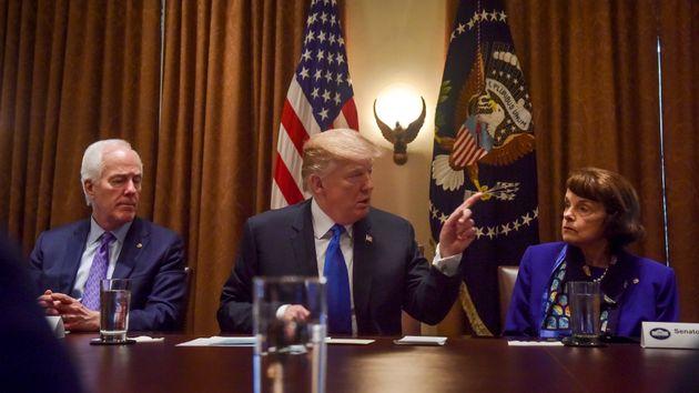 '관세폭탄' 비하인드 스토리 : '예측불가능' 트럼프가 또다시 백악관을 혼란에