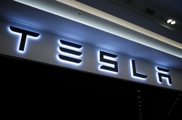Τι έφερε την Tesla στην