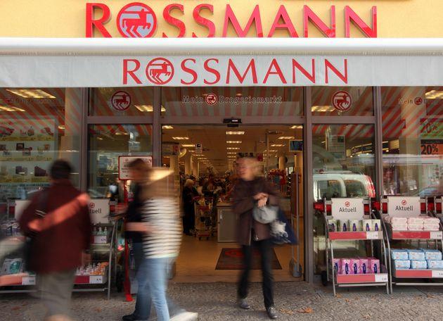 Lässt jetzt so richtig die Frau raus: Rossmann, äh, frau.