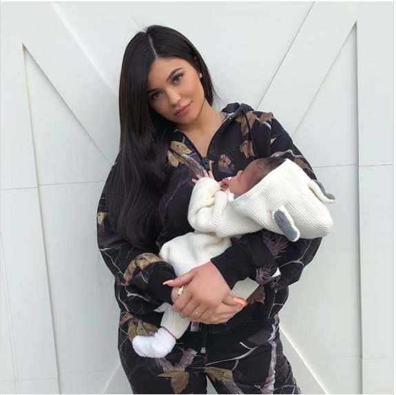 Kylie Jenner Revealed All The Pregnancy Details You've Been Dying To