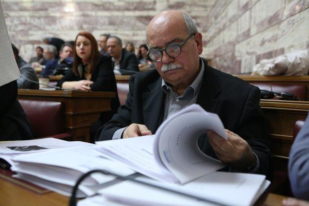 Τι απάντησε ο Βούτσης για τα σενάρια περί ανταλλαγής των δύο Ελλήνων στρατιωτικών με τους 8