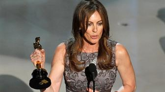 """Kathryn Bigelow, director of """"The Hurt Locker"""", speaks after winning best director during the 82nd Academy Awards in Hollywood, March 7, 2010.   REUTERS/Gary Hershorn  (UNITED STATES)  (OSCARS-SHOW - Tags: ENTERTAINMENT)"""