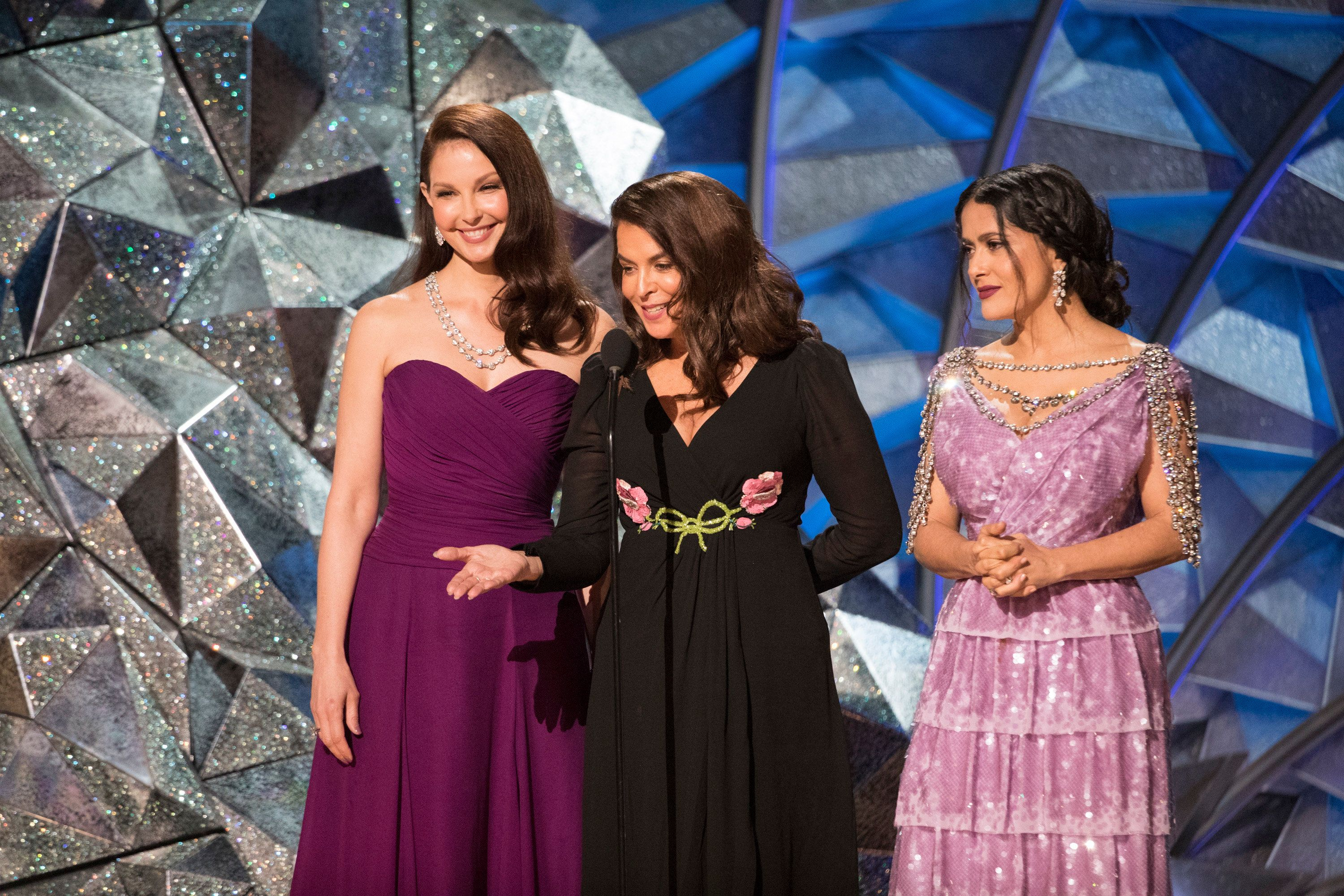 THE OSCARS(r) - The 90th Oscars(r)  broadcasts live on Oscar(r) SUNDAY, MARCH 4, 2018, at the Dolby Theatre® at Hollywood & Highland Center® in Hollywood, on the ABC Television Network. (Craig Sjodin via Getty Images) ASHLEY JUDD, ANNABELLA SCIORRA, SALMA HAYEK