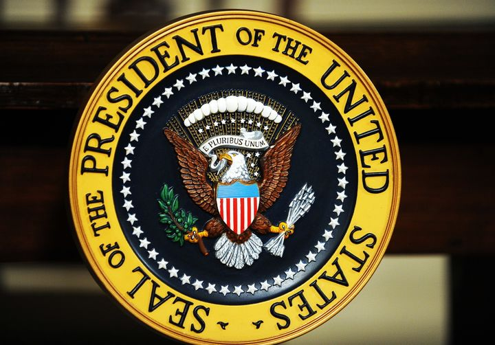 The U.S. presidential seal.