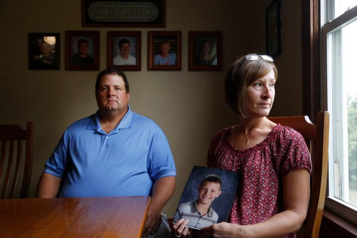 Scott and Sandy Van Veldhuizen's 12-year-old son died following complications during a tonsillectomy in 2016.