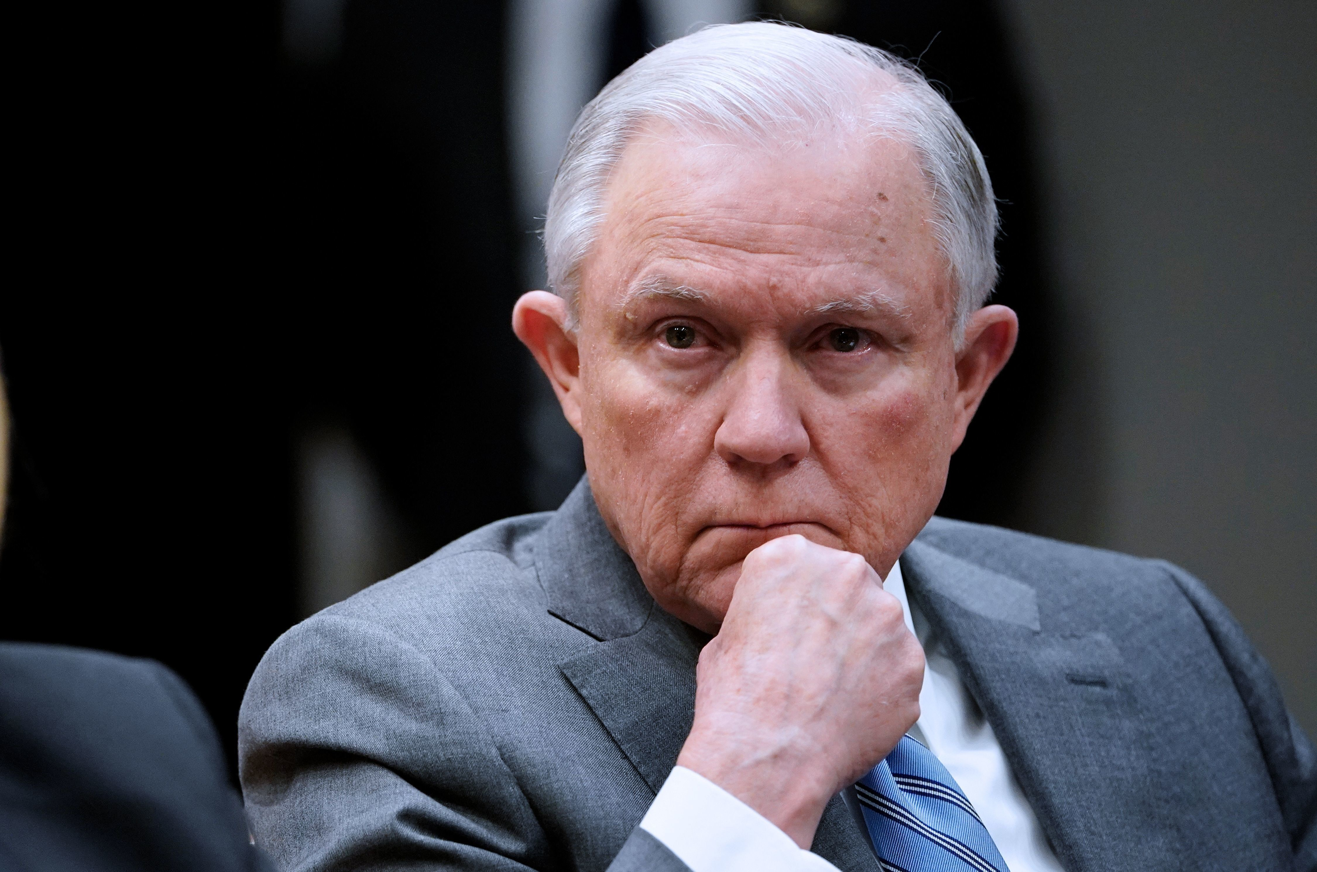 Sanctuary cities lawsuit: Jeff Sessions, federal government abuse their power