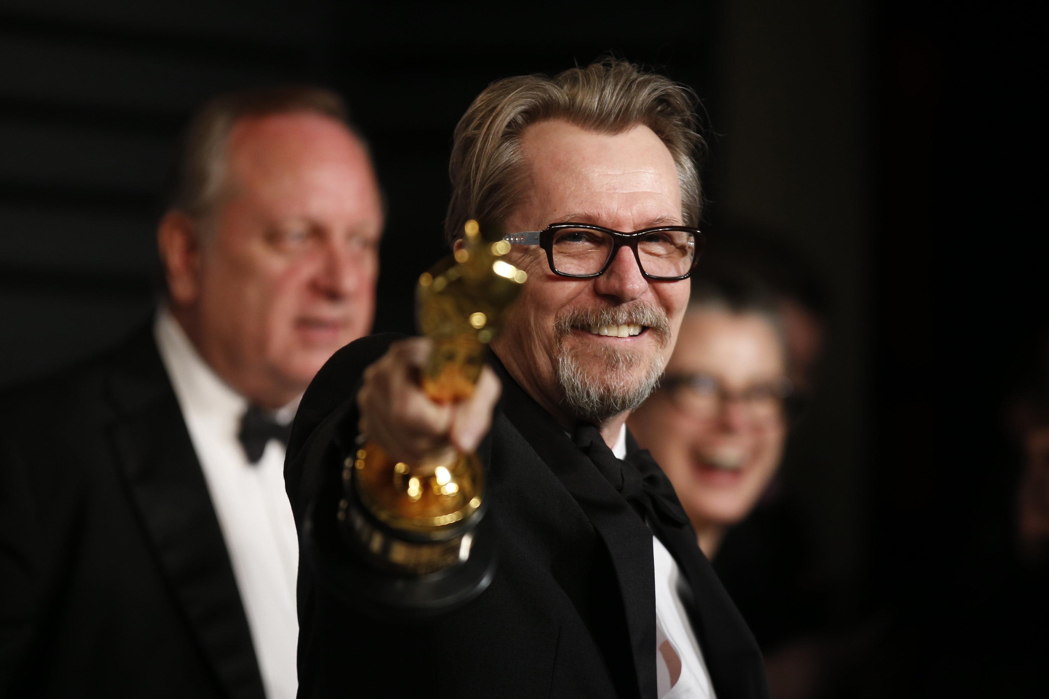Κι όμως κάποιοι έγιναν έξαλλοι που ο Gary Oldman κέρδισε Oscar! Είναι ποτέ δυνατόν όμως να έχουν δίκιο;
