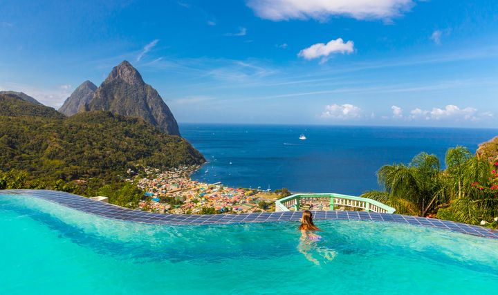 15 stunning caribbean vacation rentals with infinity pools