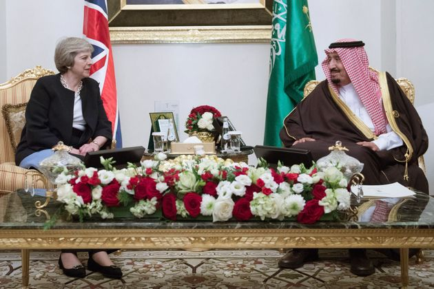 Theresa May meets King Salman bin Abdulaziz al Saud of Saudi Arabia in Manama, Bahrain in 2017.