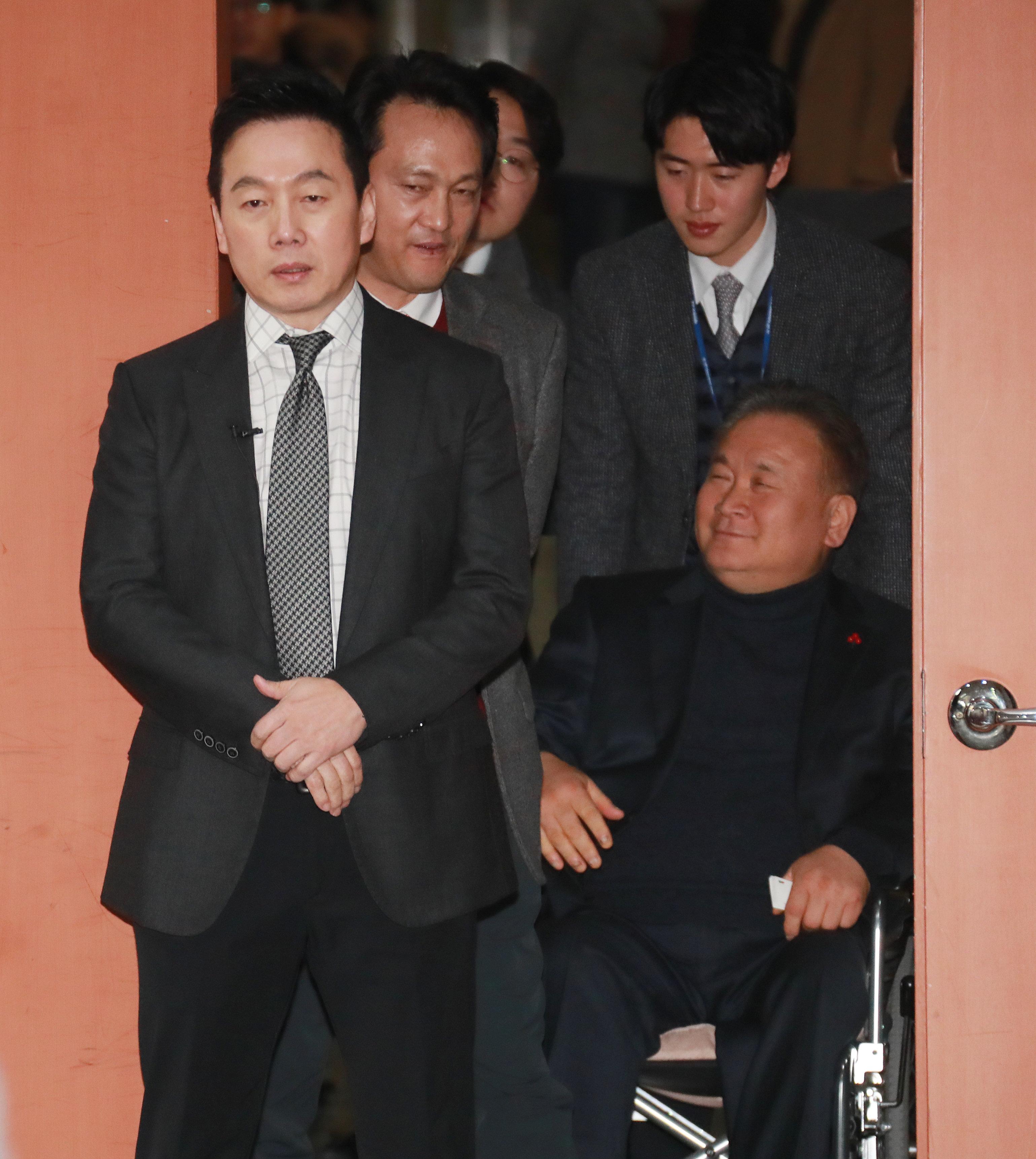 성추행 의혹이 터지자 정봉주씨가 서울시장 출마 선언을