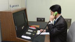 문대통령 책상에 '남북 핫라인'이 놓일