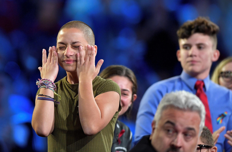 Emma González: Η μαθήτρια που στο πρόσωπό της συγκεντρώνει ό,τι απεχθάνεται ο μέσος ψηφοφόρος του