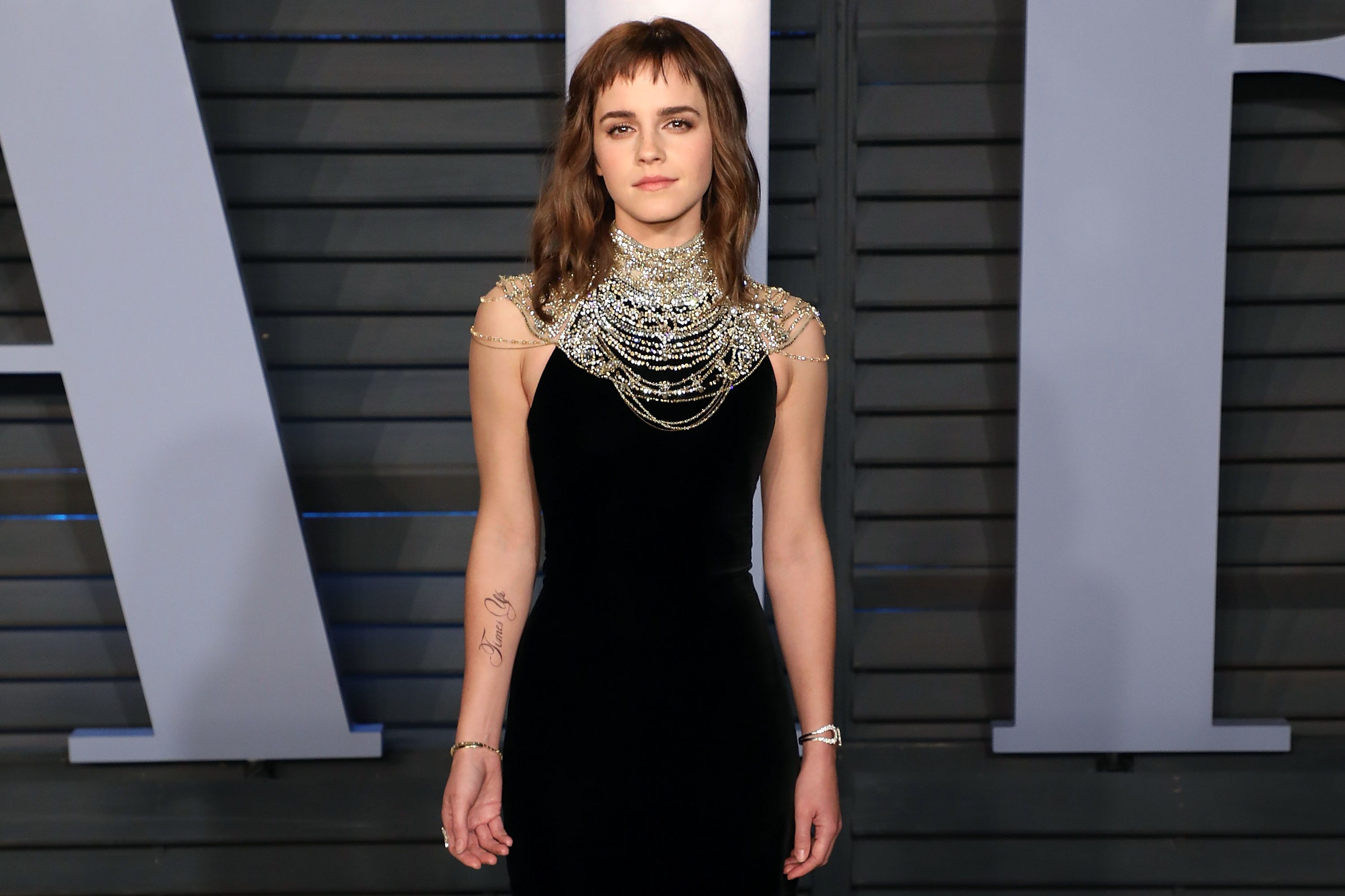 Emma Watson Shows Off Temporary