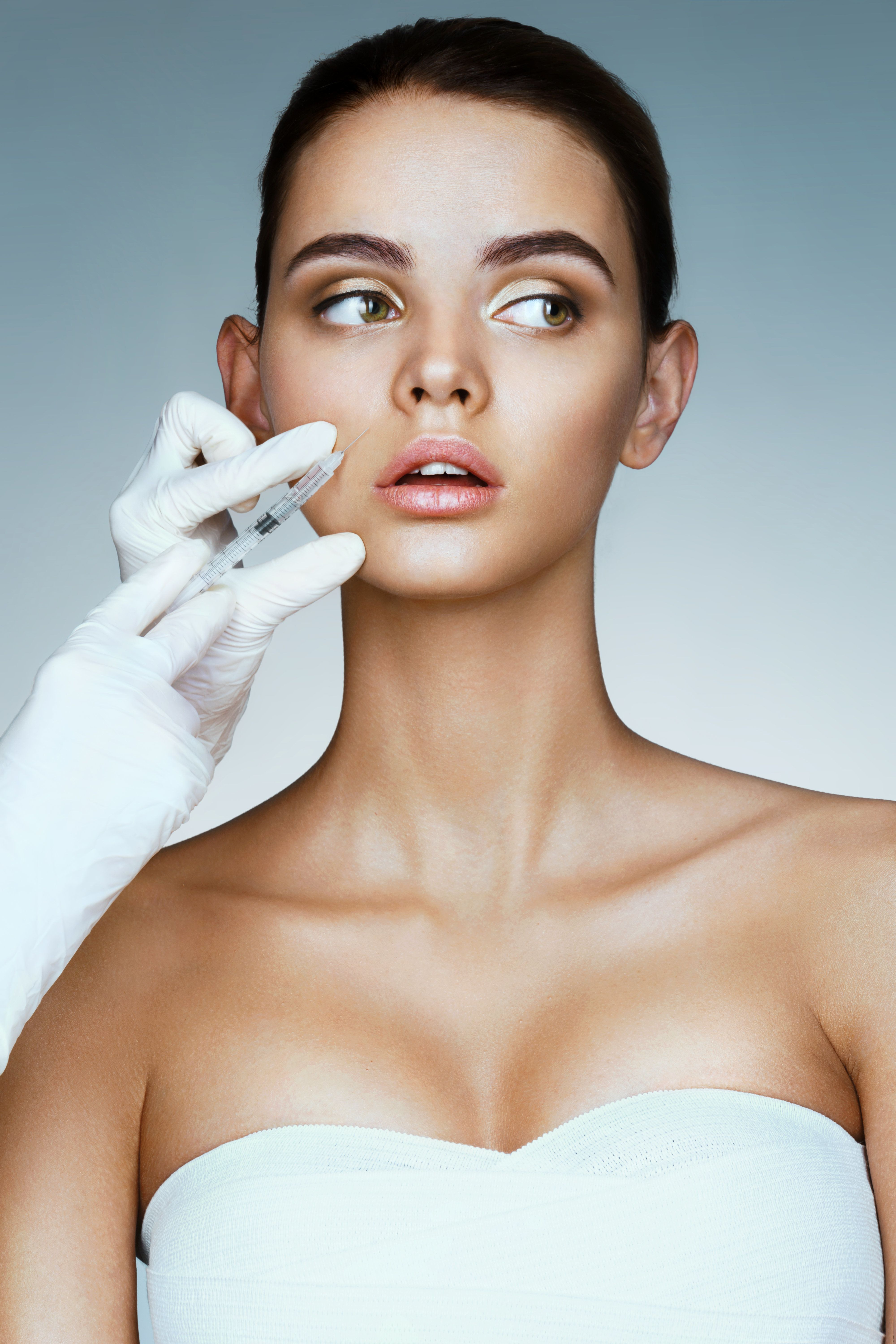 What Is A Nonsurgical Face-Lift? Plastic Surgeons