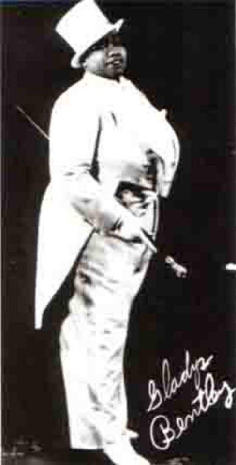 흑인, 레즈비언, '크로스 드레서'였던 미국 블루스 가수 글레이디스 벤틀리는 어느 모로 보나