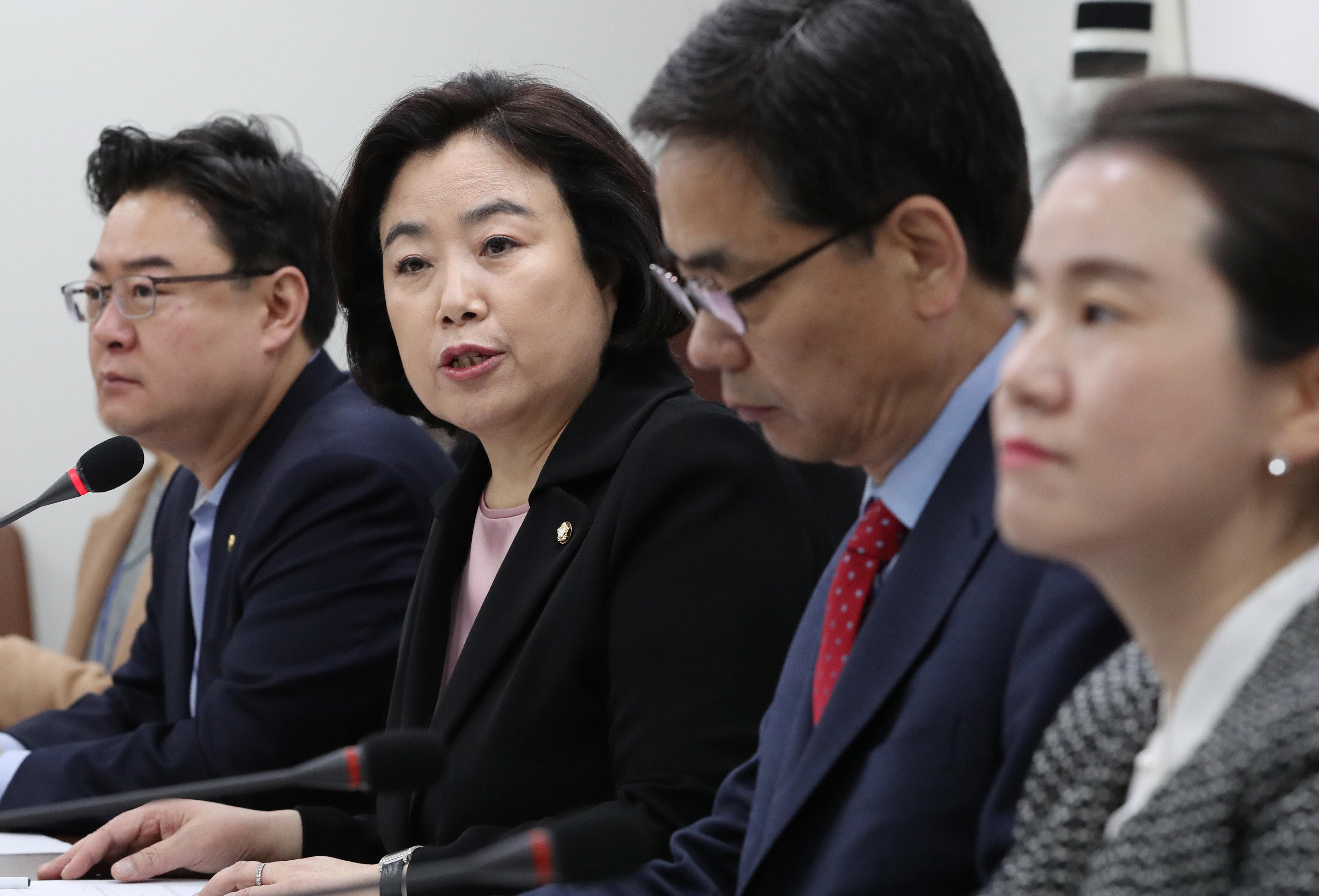 """자유한국당 박순자, """"한국당은 '터치'는 있었어도 성폭력은"""