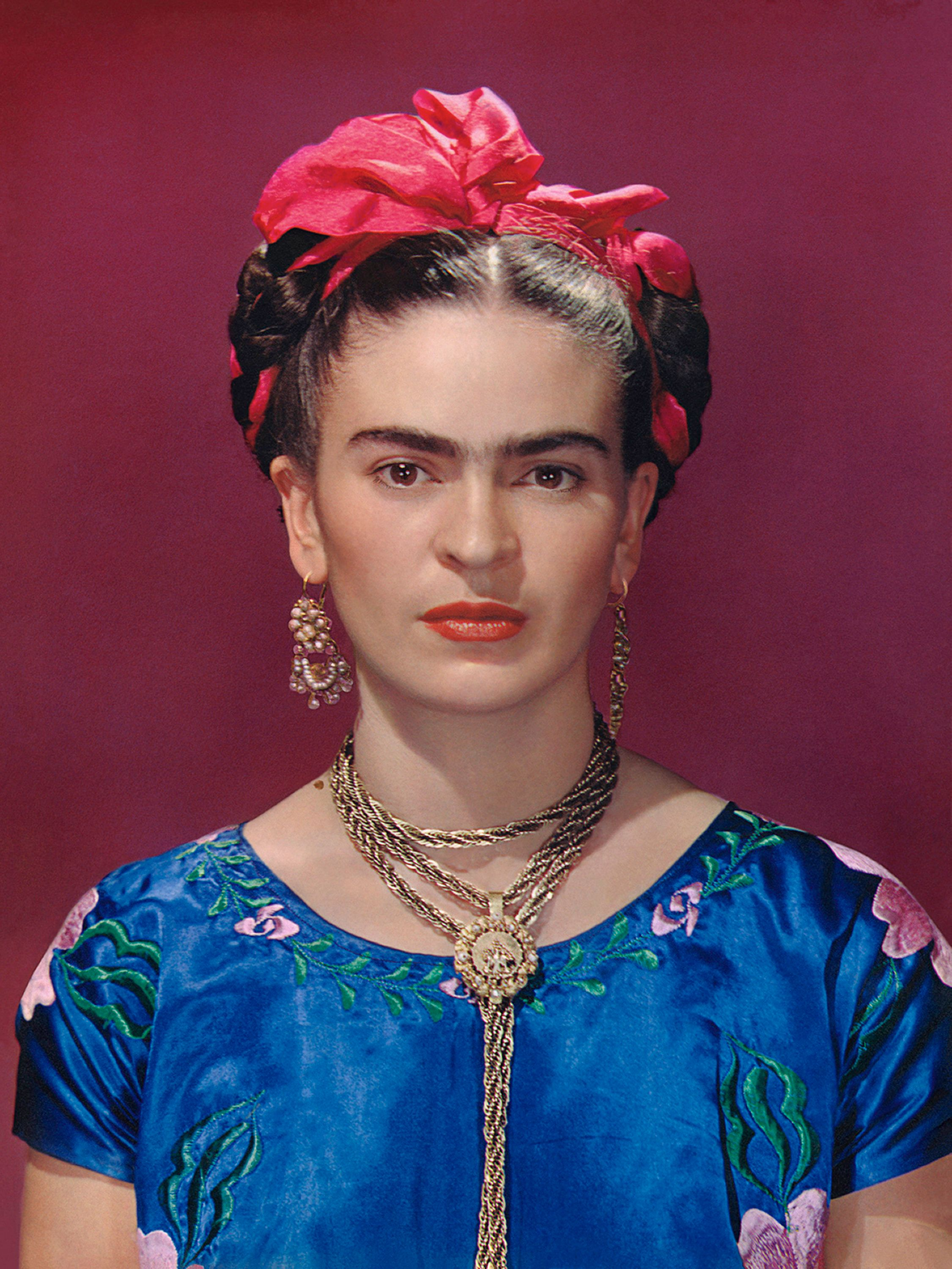 Frida Kahlo's Eyebrow Pencil And Prosthetic Leg Go On Display In The
