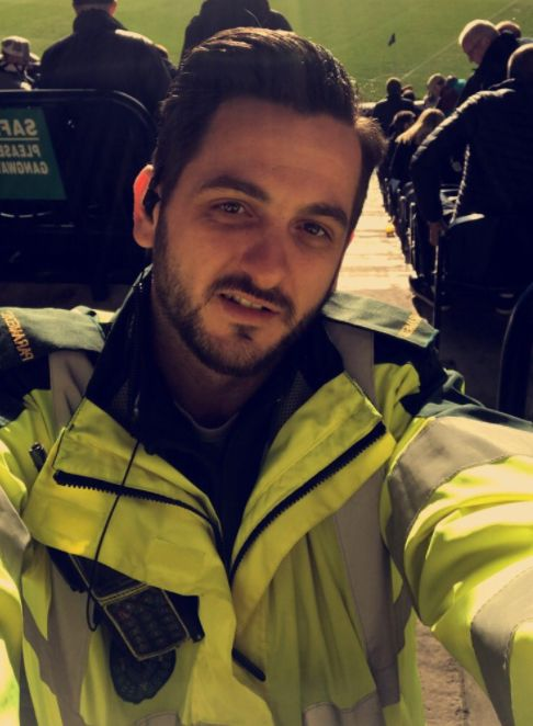 Paramedic Praised For Going Beyond Call Of Duty To Keep Elderly Warm In
