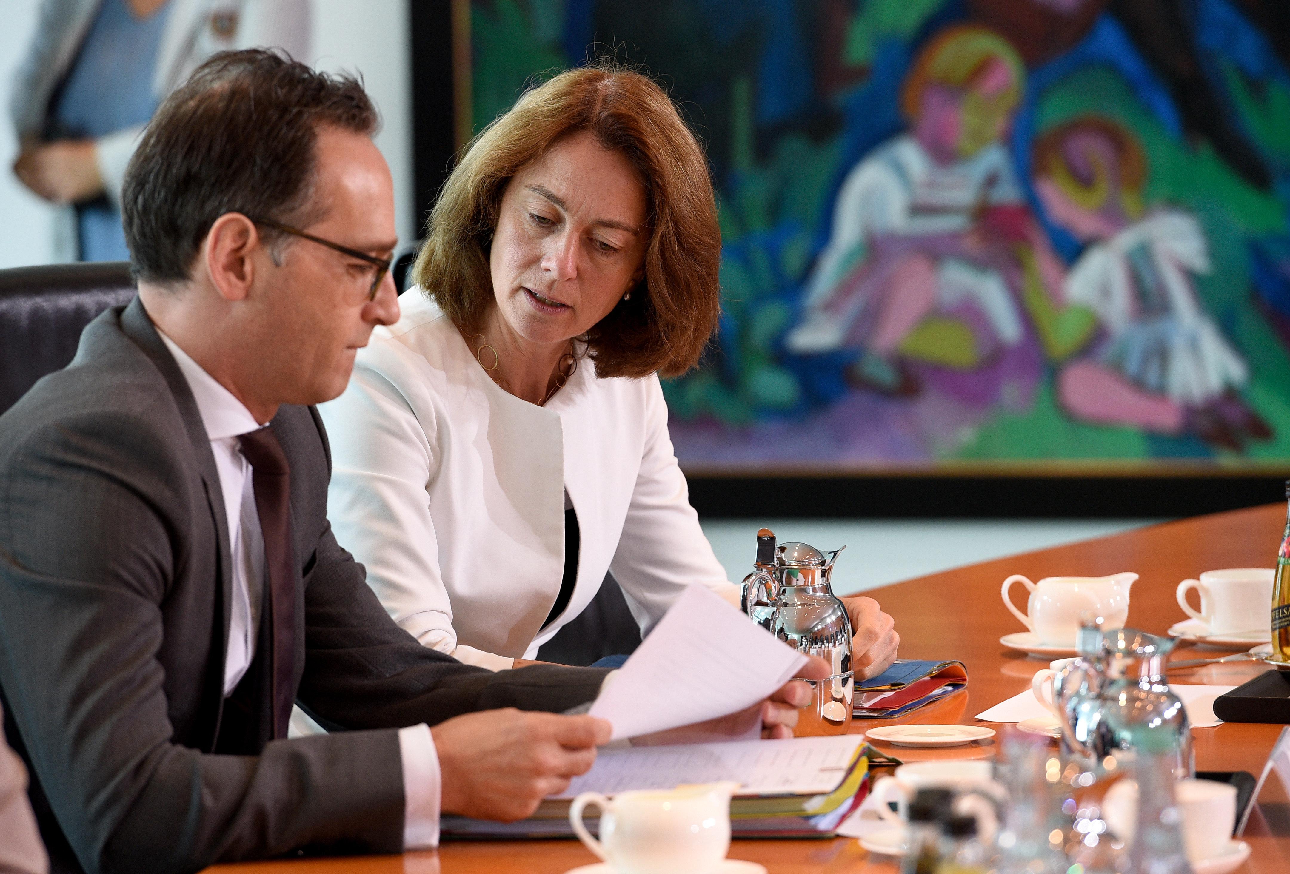 Die neue Bundesregierung in Bildern: Alle Minister im Steckbrief
