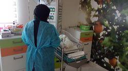 Ein Foto, das Hoffnung macht: Syrerin bekommt nach Komplikationen Baby im verfeindeten