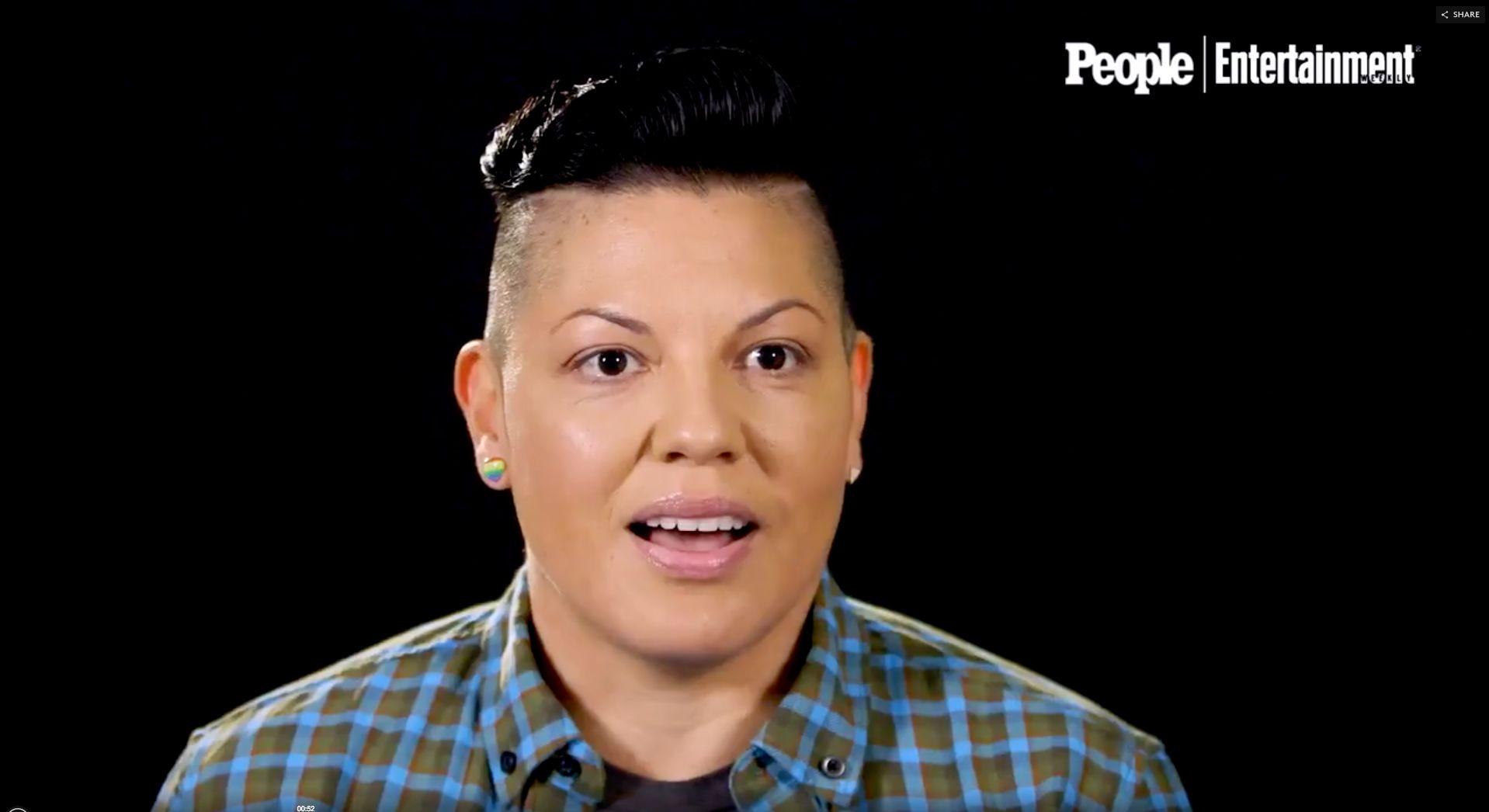 Como Sara Ramirez assumiu sua própria verdade como mulher queer e bissexual