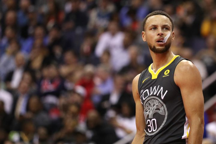 ce5cdaf66e4 President Donald Trump disinvited Steph Curry and the Golden State Warriors  from the White House.