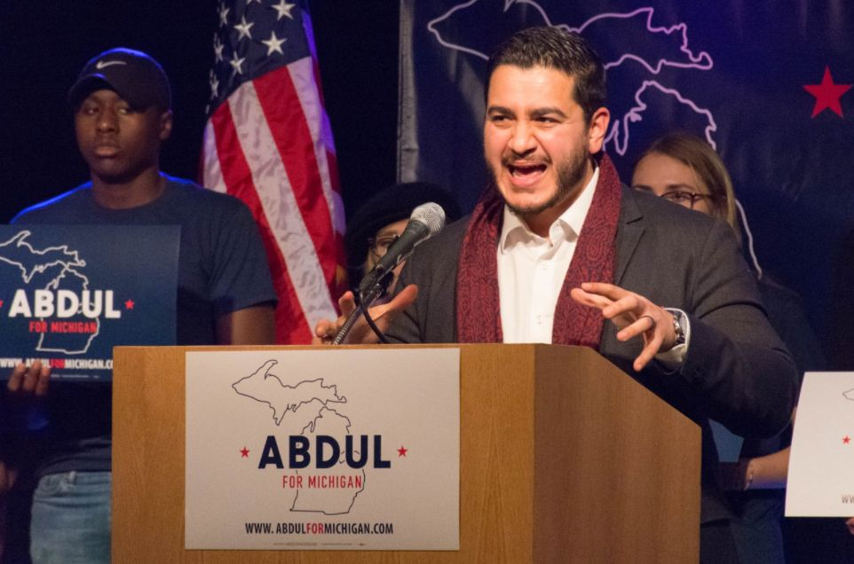 An Underdog In Michigan's Governor Race Shows Dems How To Run On Climate Change