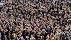 여성들의 분노와 열정을 보여주는 '전 세계 여성의 날' 사진