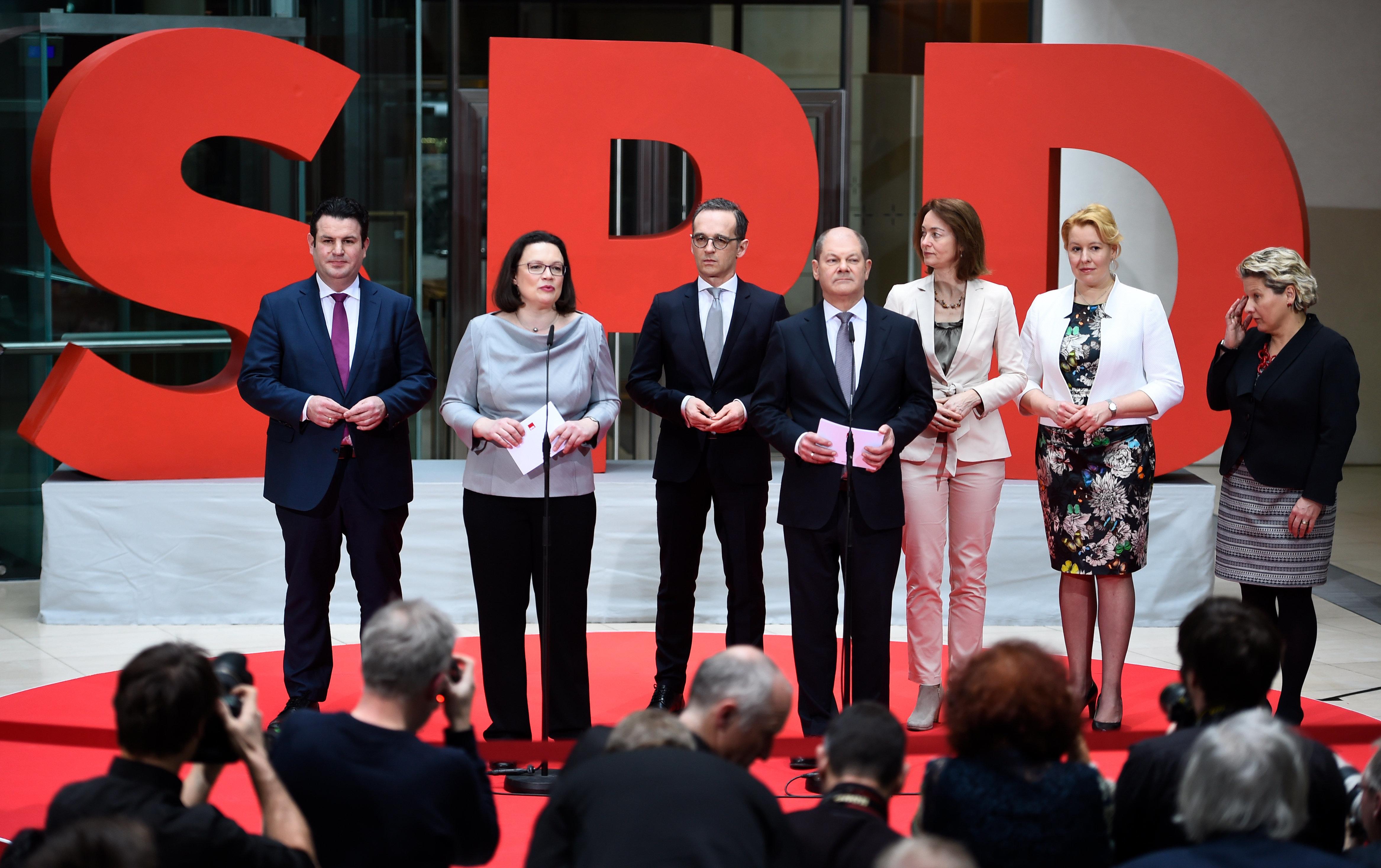 Scholz und Nahles bestätigen SPD-Ministerliste