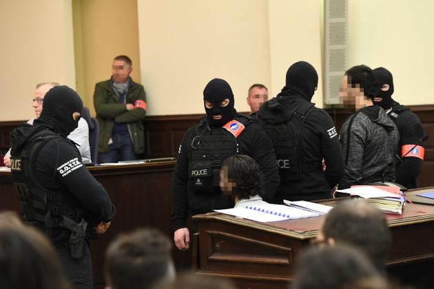 Γαλλία: Ο Σαλάχ Αμπντεσλάμ μίλησε για να απαλλάξει κατηγορούμενο για τις επιθέσεις του