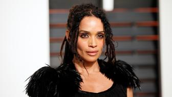 Actress Lisa Bonet arrives at the 2015 Vanity Fair Oscar Party in Beverly Hills, California February 22, 2015. REUTERS/Danny Moloshok (UNITED STATES - Tags:ENTERTAINMENT) (VANITYFAIR-ARRIVALS)