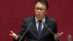 '성추행 의혹'에 사퇴한 민병두 의원