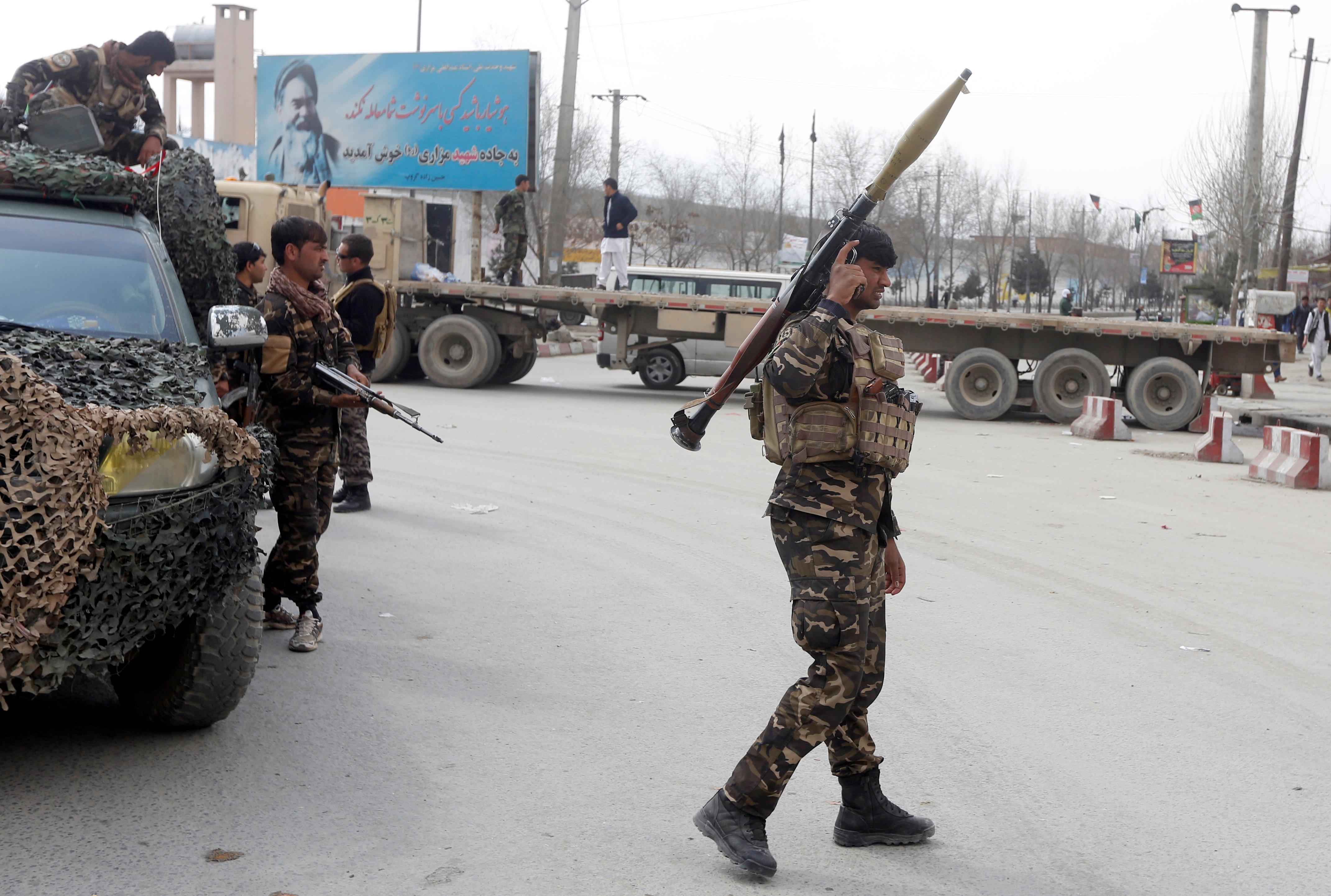 Τουλάχιστον 15 στρατιώτες νεκροί σε νυχτερινή επίθεση των Ταλιμπάν στο