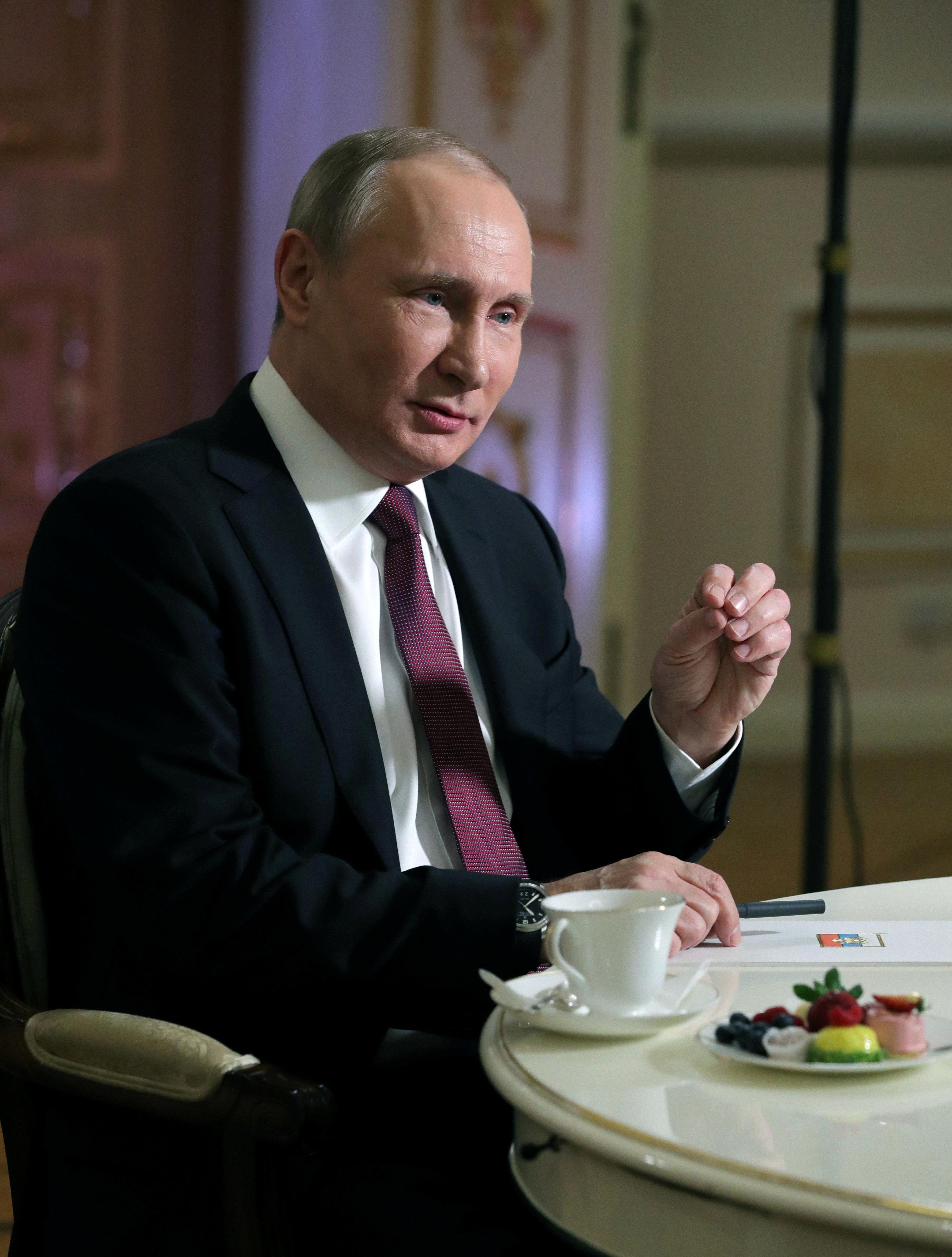 Vladimir Putin Blames U.S. Election Interference On 'Jews,'