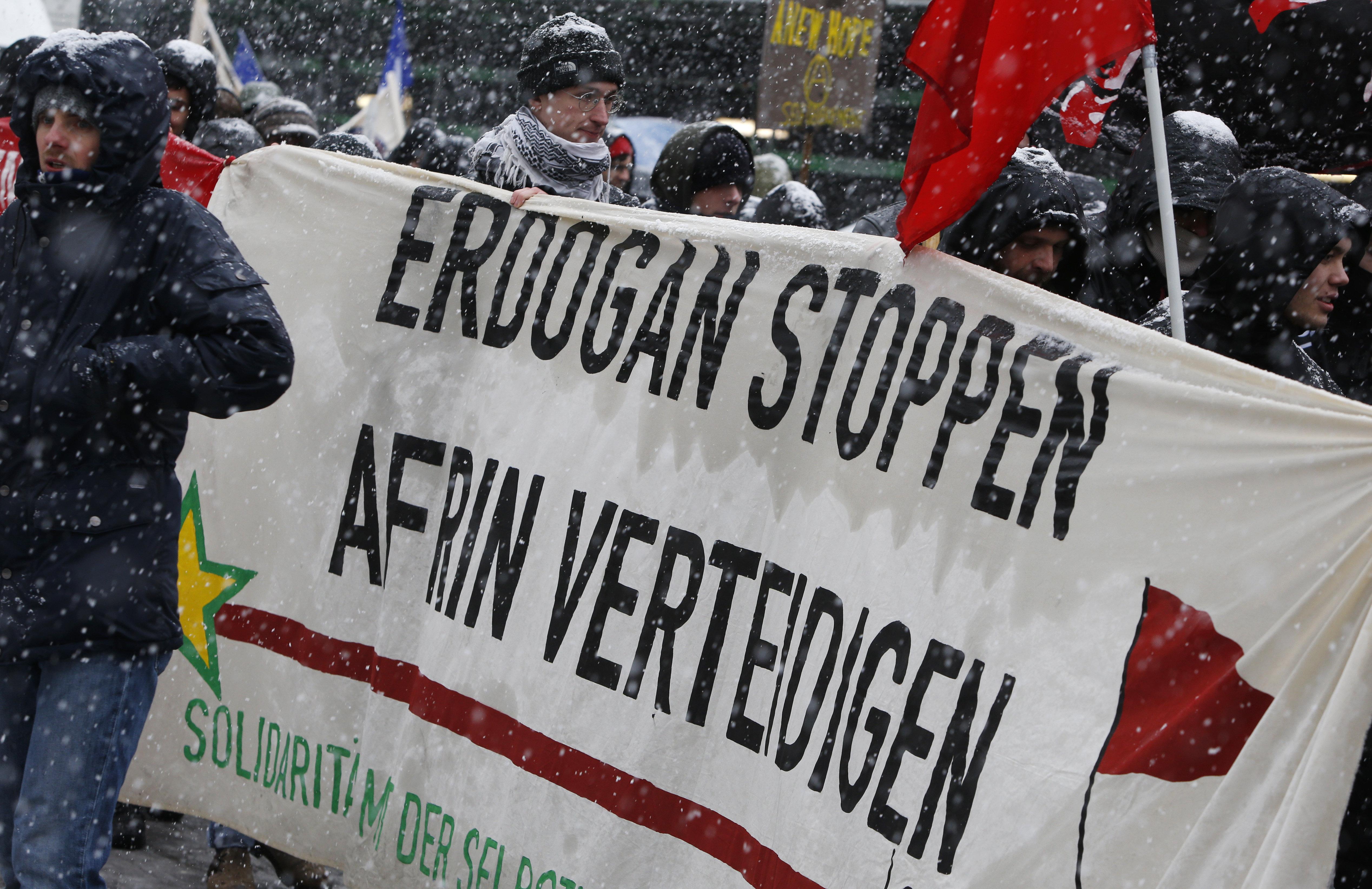 Καταιγισμός απειλών στον πρωθυπουργό του γερμανικού κρατιδίου της Θουριγγίας μετά την έκφραση στήριξης στους Κούρδους του