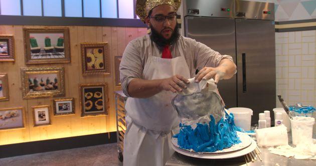 '가장 못생긴 케이크'로 경쟁에 나선 사람들이