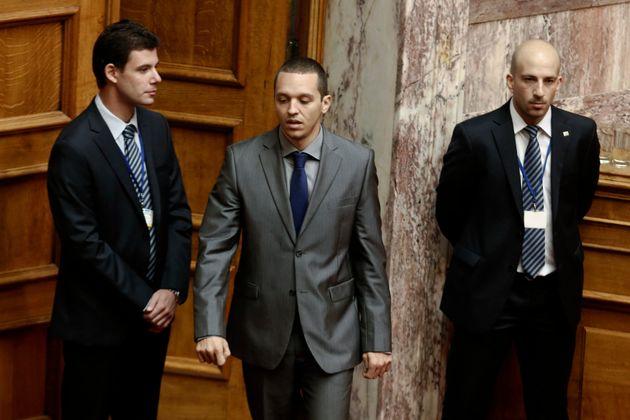 Βουλή: Στην Επιτροπή Δεοντολογίας ο αρχηγός και δύο βουλευτές της Χρυσής