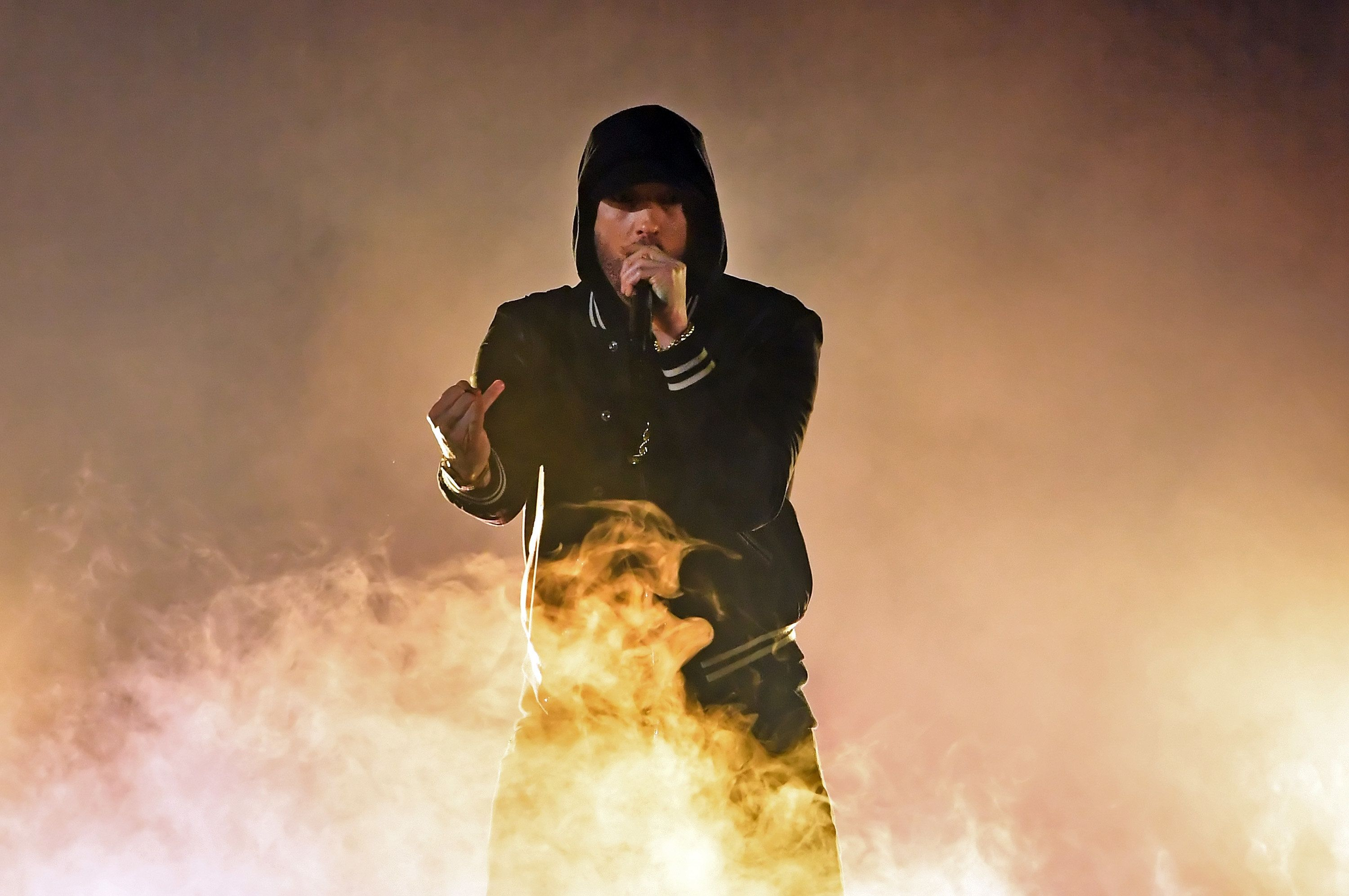 Eminem Tackles NRA And Gun Violence With iHeartRadio Awards