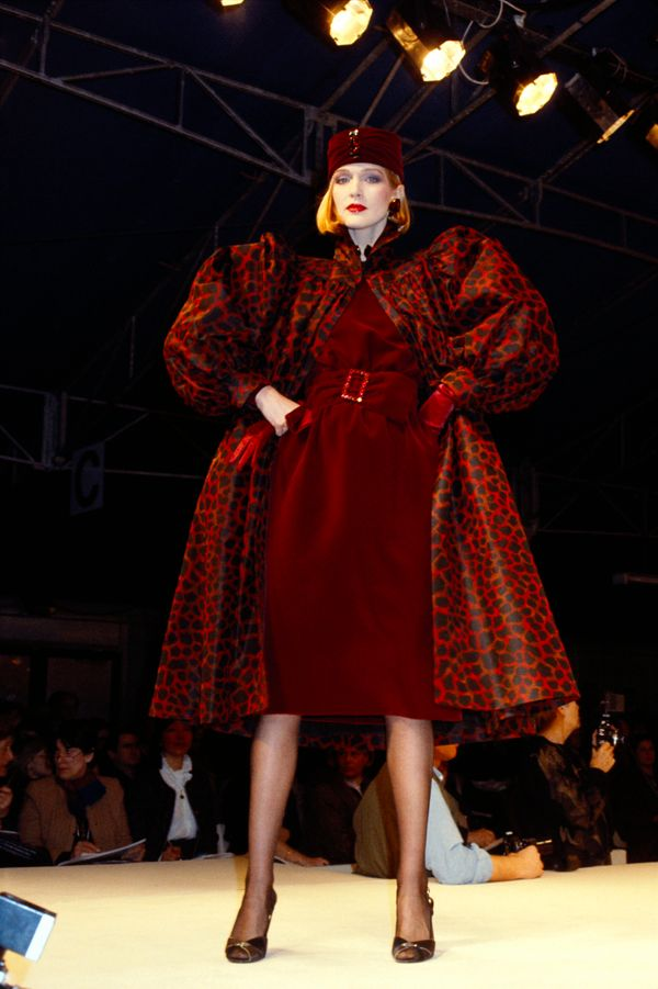 A model wears a design from Givenchy's fall/winter 1984-1985 ready-to-wear collection.