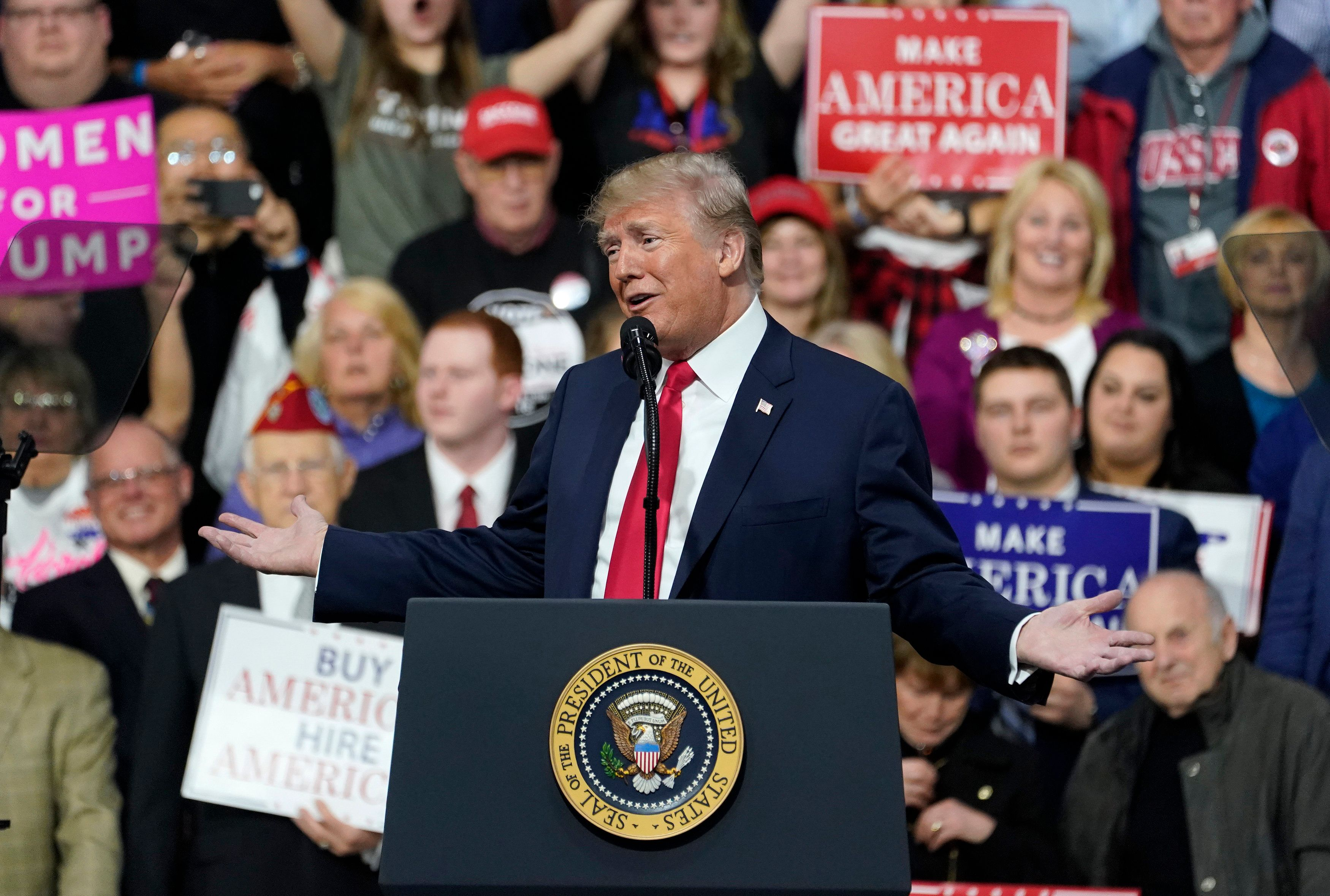 U.S. President Donald Trump speaks  in support of Republican congressional candidate Rick Sacconne during a Make America Great Again rally in Moon Township, Pennsylvania, U.S., March 10, 2018. REUTERS/Joshua Roberts