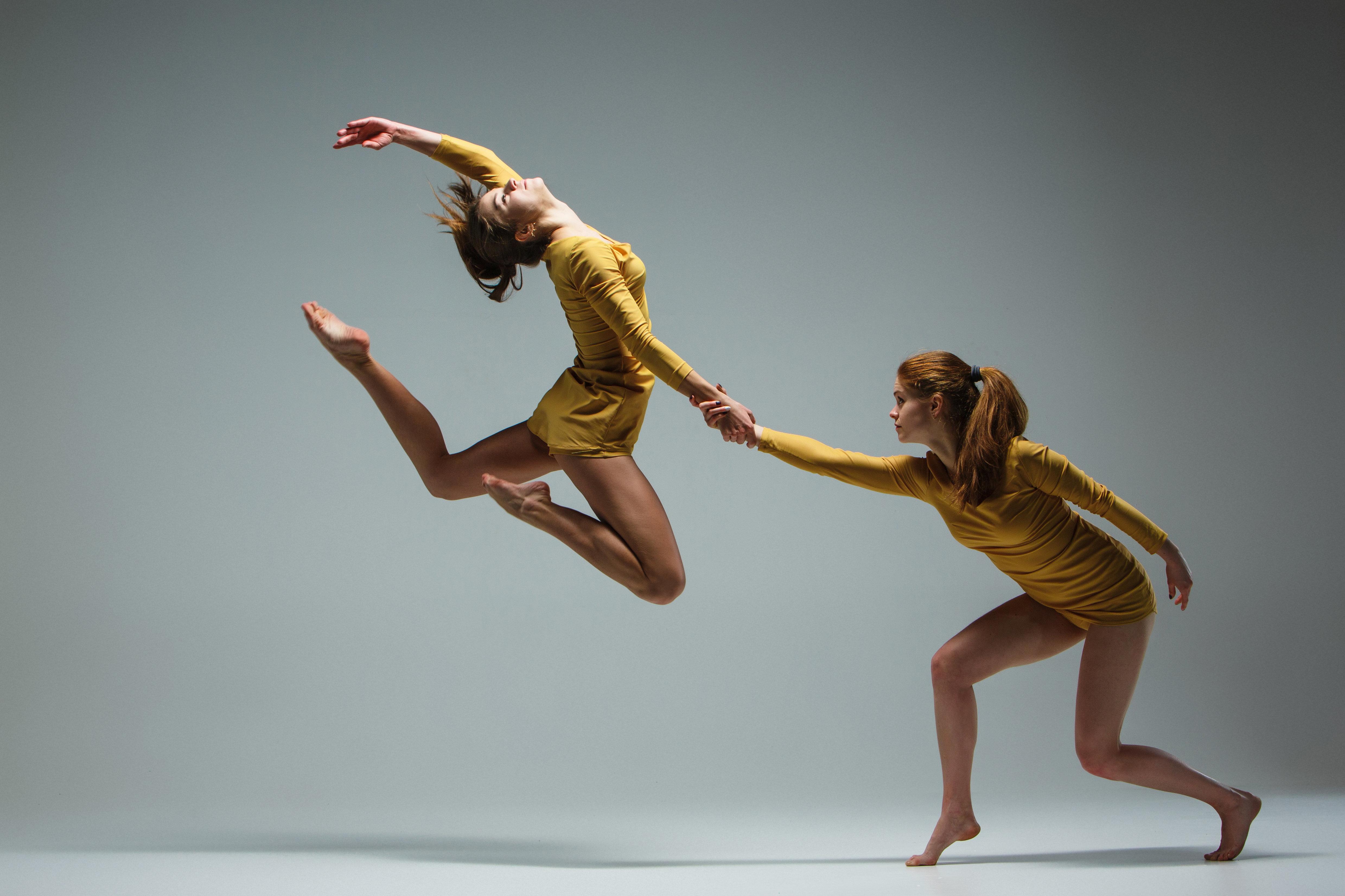 Διάκριση για Έλληνες χορευτές - θα συμμετάσχουν σε παγκόσμιους διαγωνισμούς σε Ιταλία και Ρουμανία