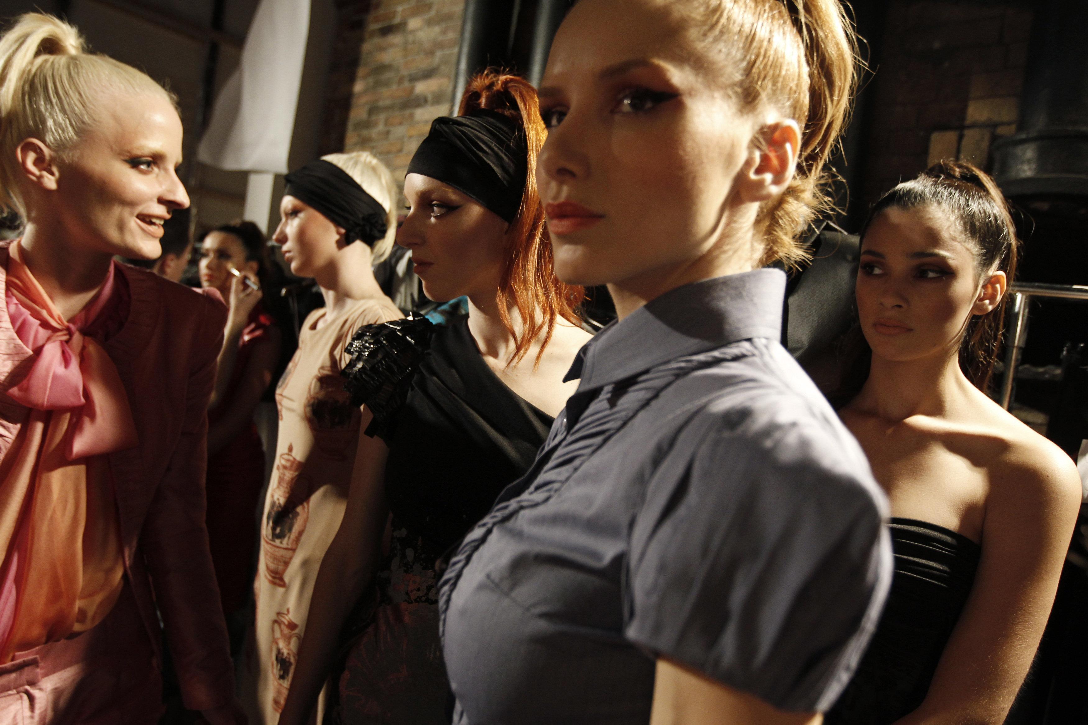 ΚΑΣ: Έγκριση για την επίδειξη μόδας του Κωστέτσου μπροστά από το